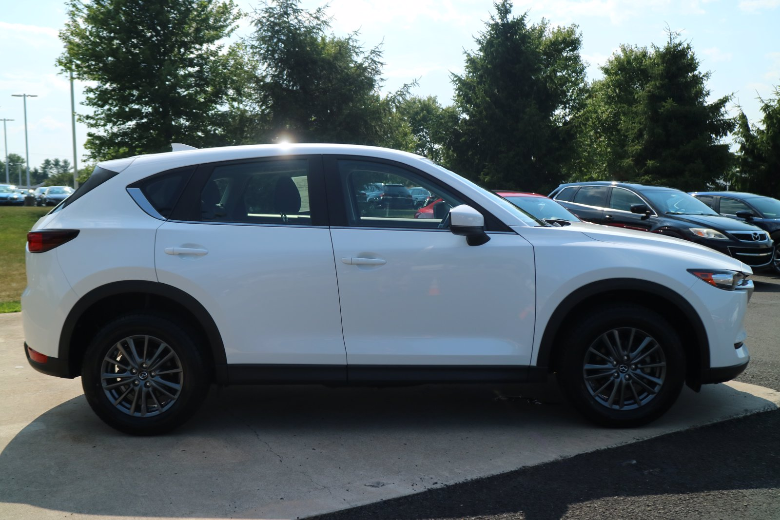 Certified Pre-Owned 2017 Mazda MAZDA CX-5 Sport
