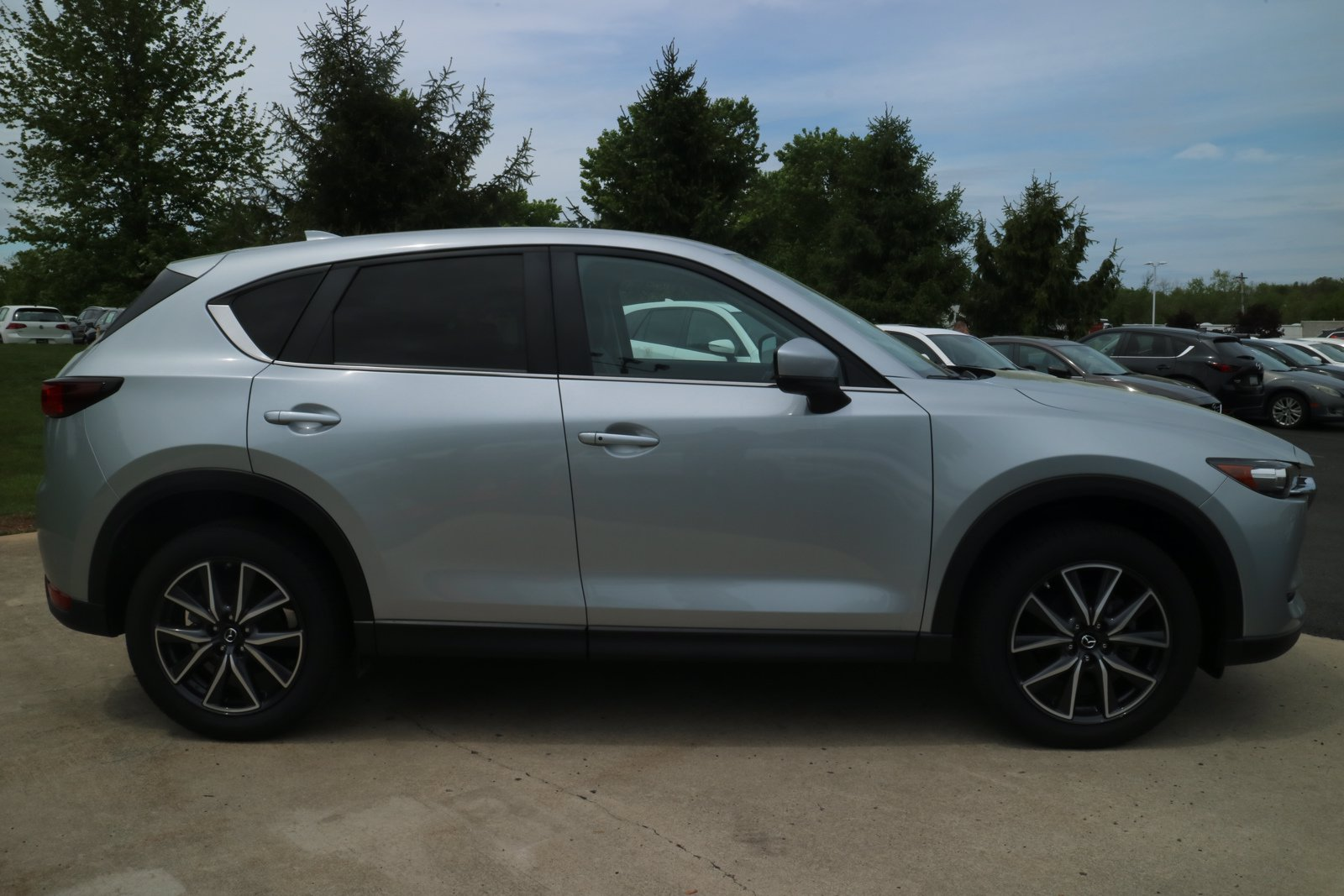 Pre-Owned 2018 Mazda MAZDA CX-5 Touring